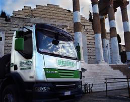 Noleggio mezzi per smaltimento rifiuti edili